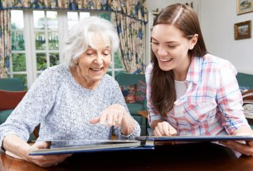 Ehpad-et-résidence-seniors-:-Le-service-civique