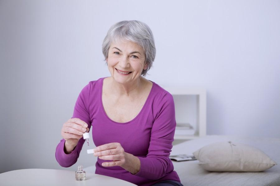 Les bienfaits des huiles essentielles sur les personnes âgées